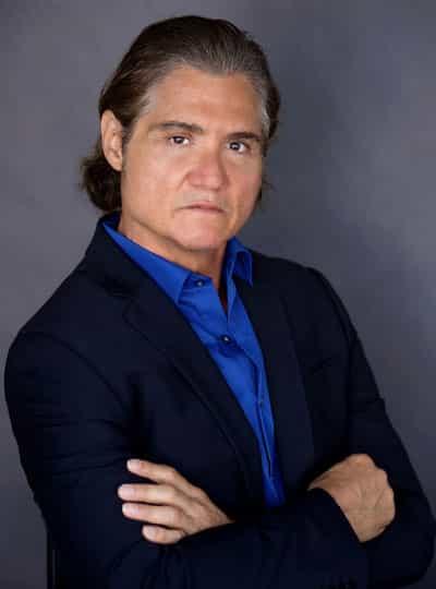 Rob E. Angelino website press shot